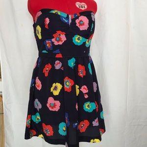 Woman's strapless floral print dress